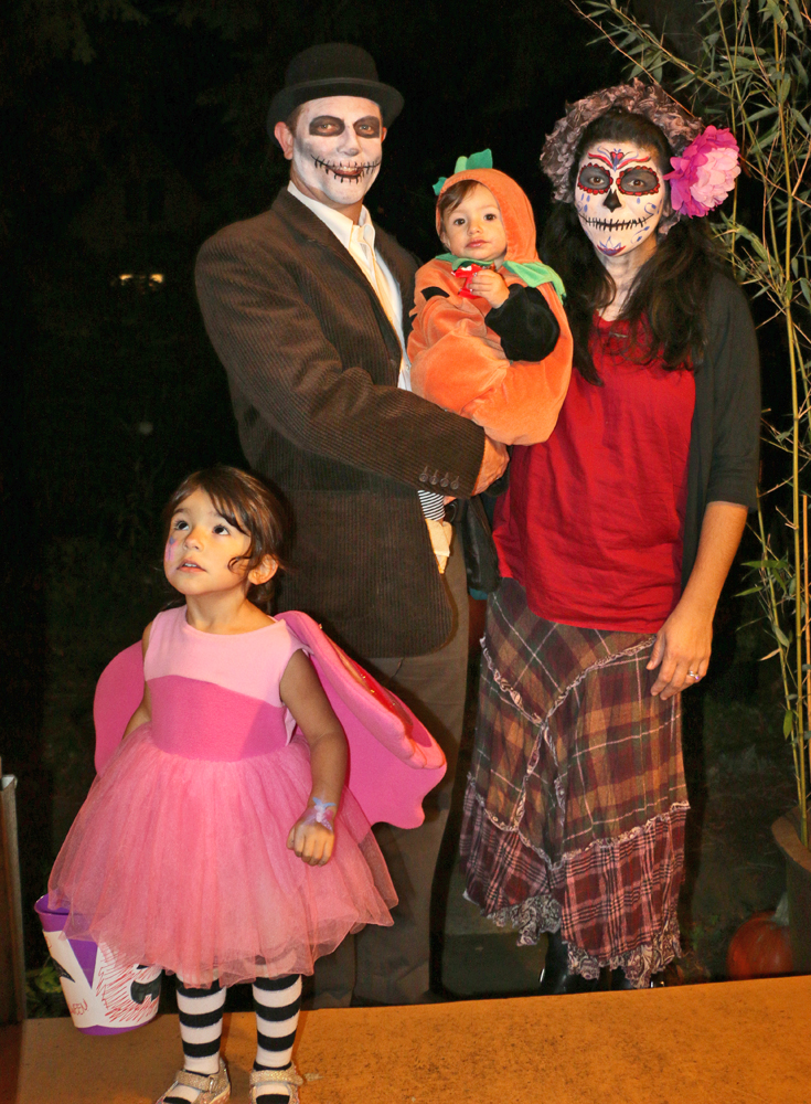 Halloween-day-of-the-dead-web
